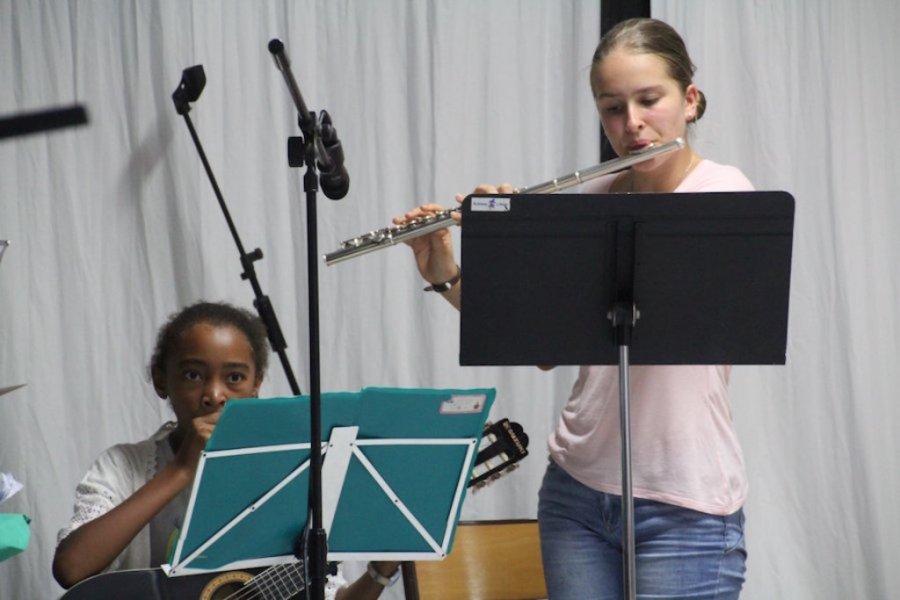 5._Frère_Scubilion_musiciens